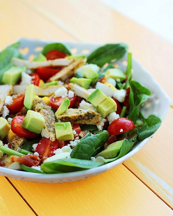 Healthy Dinner Recipes for Beginners: California Cobb Salad by The Comfort of Cooking