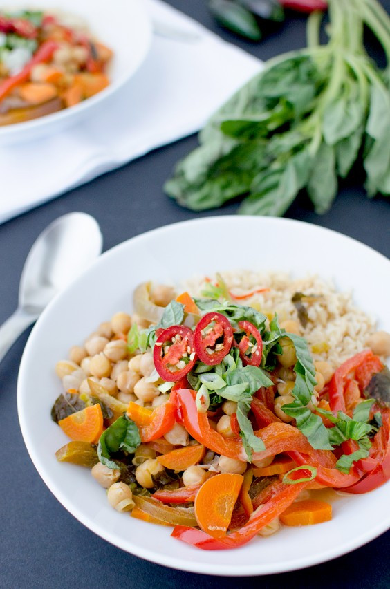 Slow Cooker Vegan Red Curry