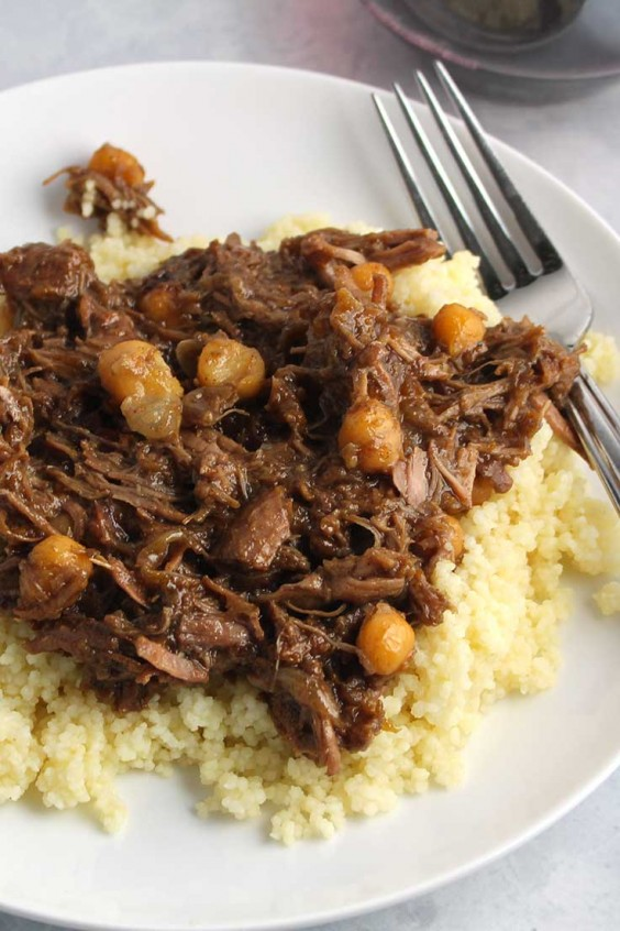One Pot Meals: Cinnamon Apricot Lamb Tagine
