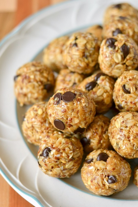 One Pot Meals: Nutty Energy Bites