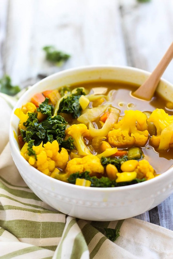 Kale and Cauliflower Turmeric Soup Recipe