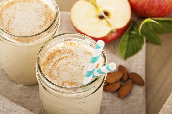 55 Creative Uses for Leftover Apples: Apple Smoothie