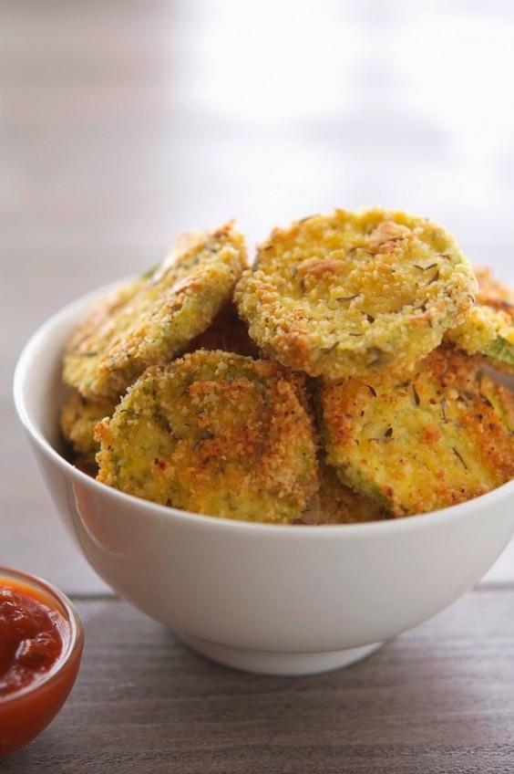 Paleo Snacks: Almond Crusted Baked Zucchini Crisps