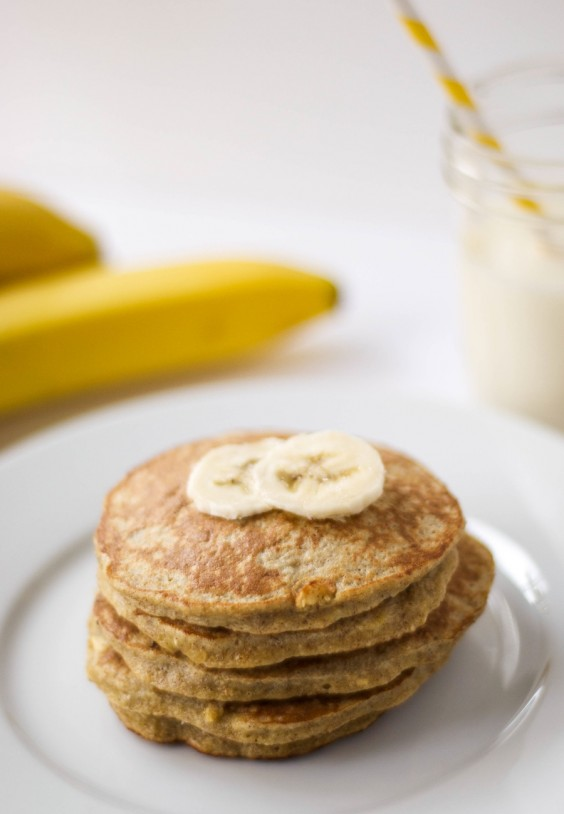 Gluten Free Banana Oatmeal Protein Pancakes