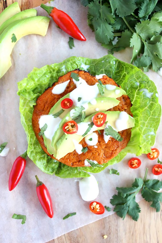 Paleo recipes 24 easy and delicious dinners greatist paleo dinners spicy tuna and tomato burgers forumfinder Images