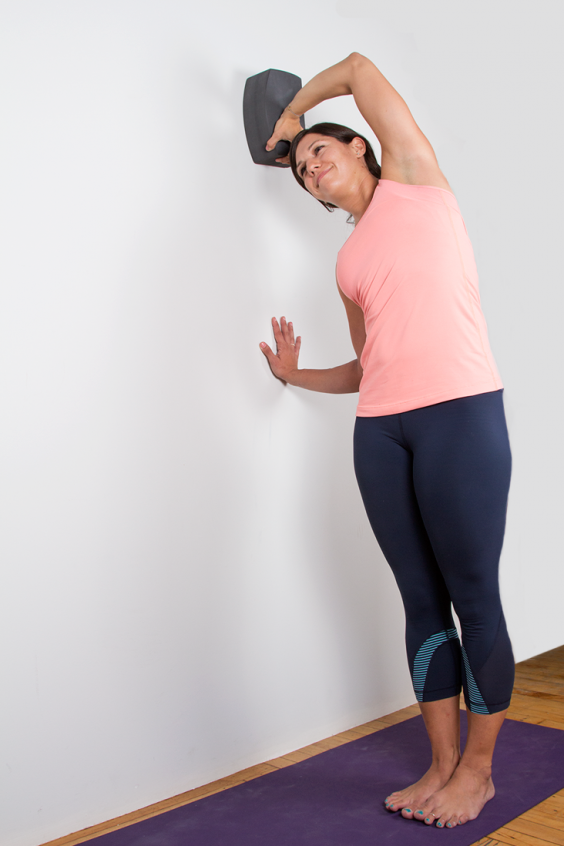 The Perfect Yoga Workout for When You're Too Sore to Work Out: Boomerang Side Bend