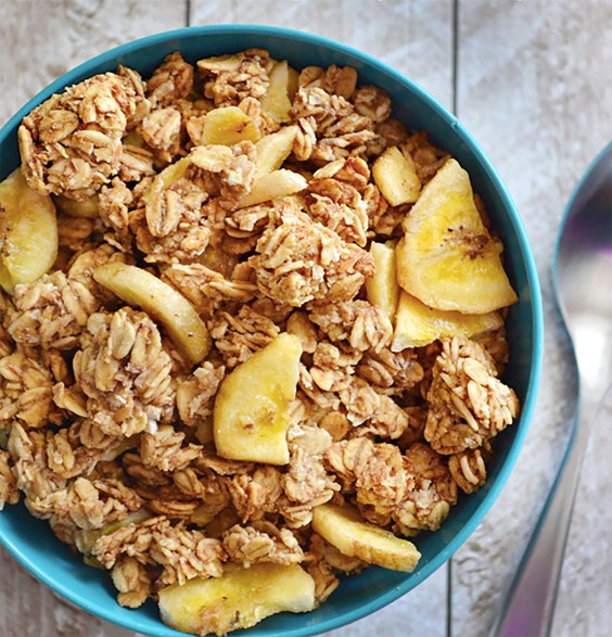 Homemade Granola Recipes: 6. No Sugar Added Banana Nut Granola