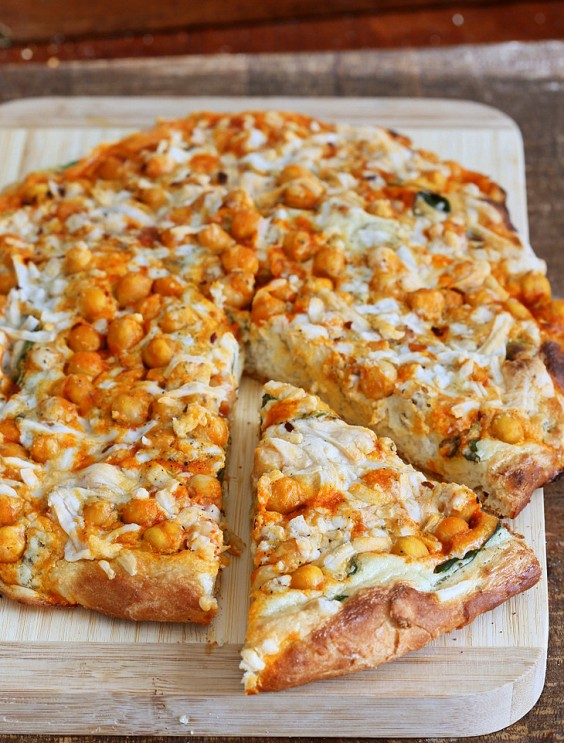 Dairy-Free Buffalo Chickpea White Pizza