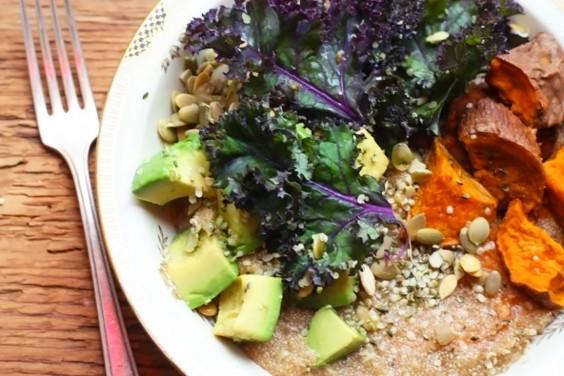 Healthy Grain Bowls: Avocado, Kale and Amaranth Bowl