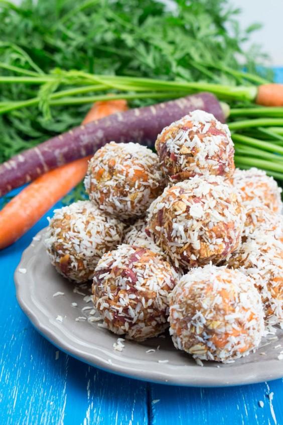 Carrot Cake Energy Bites