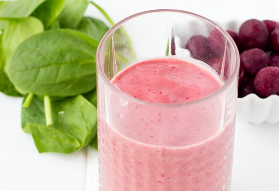 Cherry Almond Spinach Smoothie