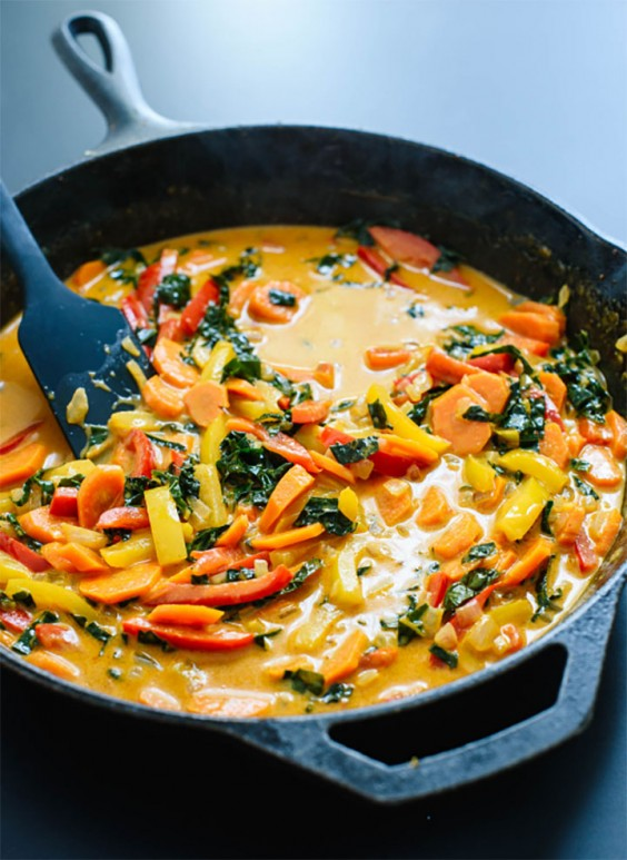 Chicken breast recipes 60 ways to spice up boring poultry greatist 48 the easiest thai coconut curry forumfinder Choice Image