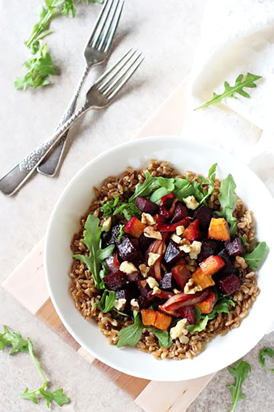 Healthy Grain Bowls: Farro Bowl With Roasted Beets