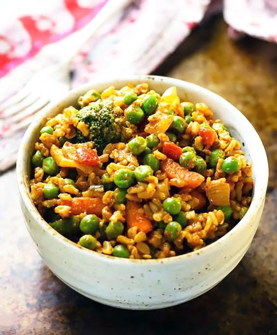 Healthy Grain Bowls: Curried Veggie Brown Rice Bowls