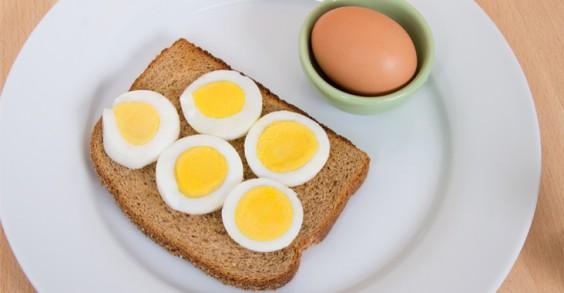 Eggs n' toast
