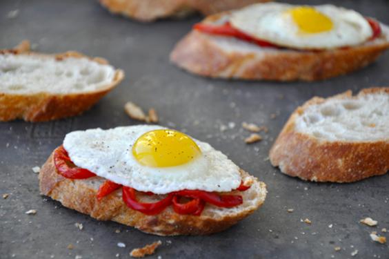 Egg Crostini