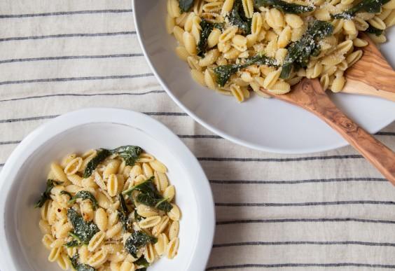 Pasta With Garlicky Broccoli Rabe