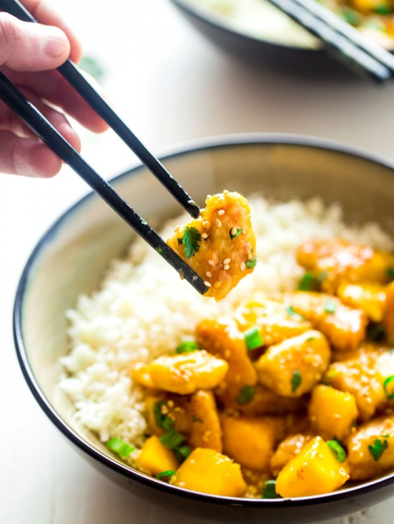 Whole30 Dinner Recipes: Mango Chicken with Coconut Cauliflower Rice