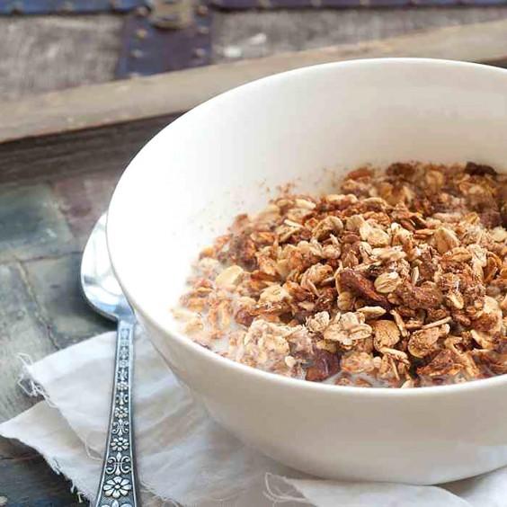 Homemade Granola Recipes: No-Refined Sugar Granola