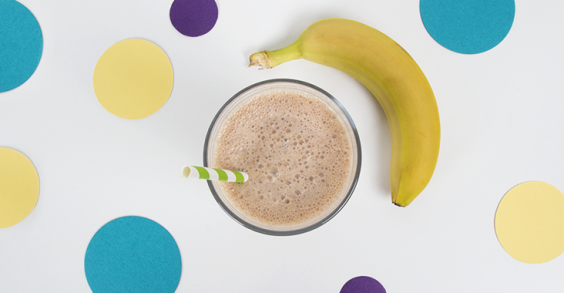31 Healthy and Portable High-Protein Snacks: Chunky Monkey Shake