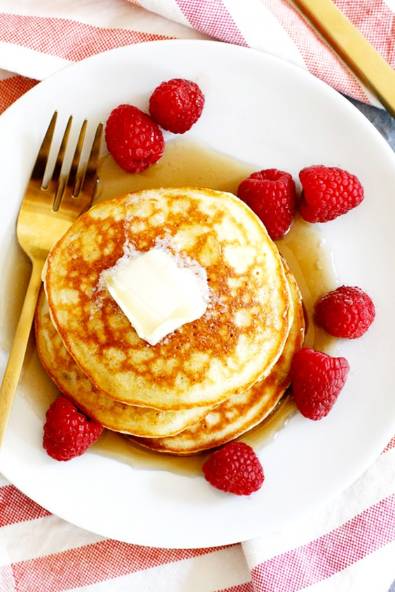 Low-Carb Breakfasts: Coconut Flour Pancakes