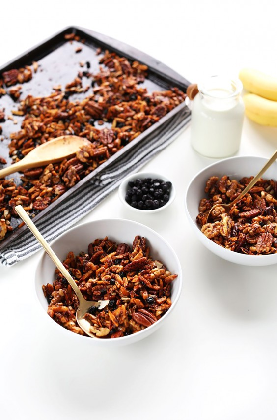 Low-Carb Breakfasts: Grain Free Granola