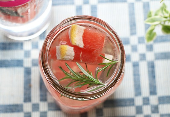 Grapefruit Rosemary-Infused Water