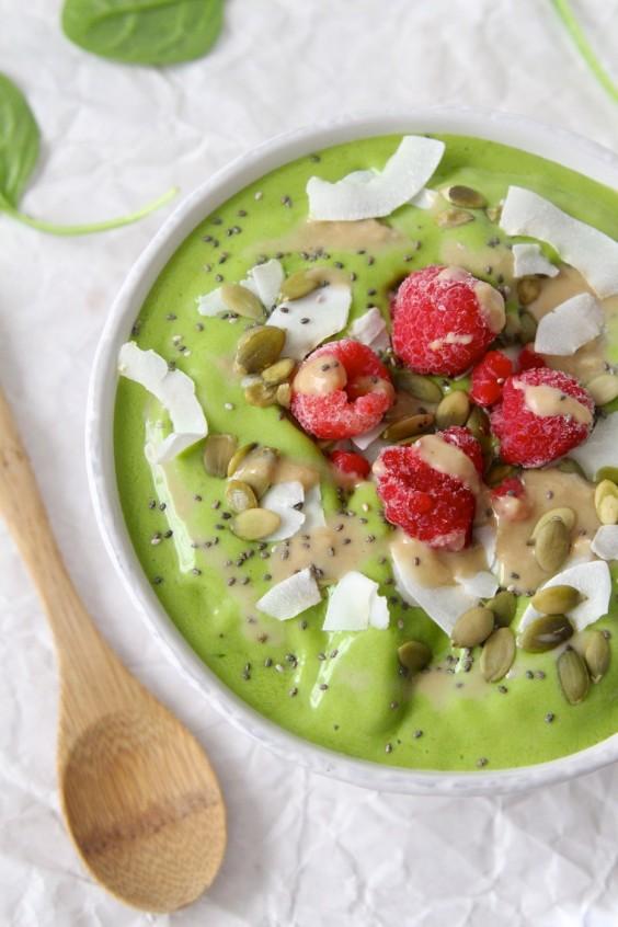 Tahini Uses: Green Tahini Smoothie
