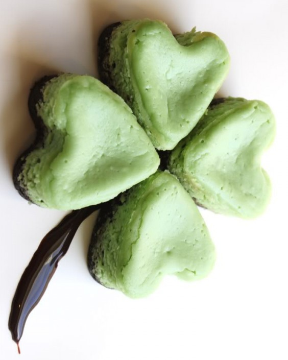 Semi-Healthy Mini Shamrock Cheesecakes