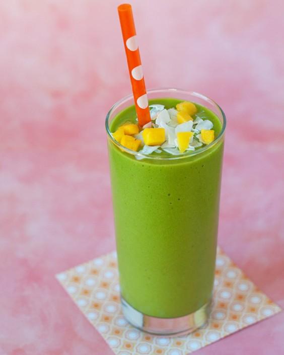 Vegan Mango-Coconut Green Smoothie