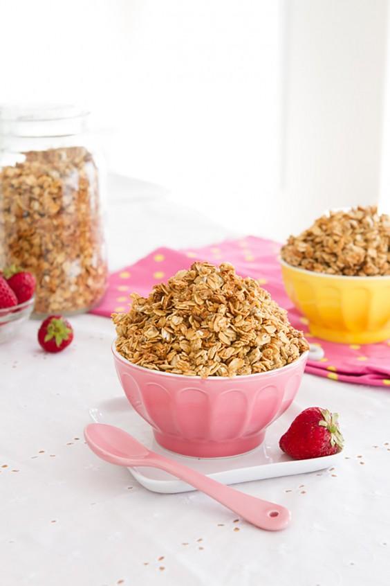 Homemade Granola Recipes: Chia Egg Coconut Granola
