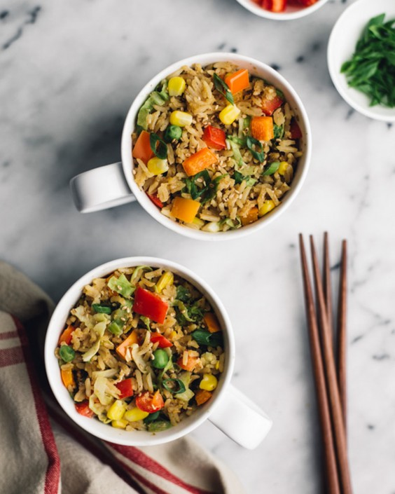 20 Gluten-Free Lunches: Gluten-Free Egg Fried Rice in a Mug