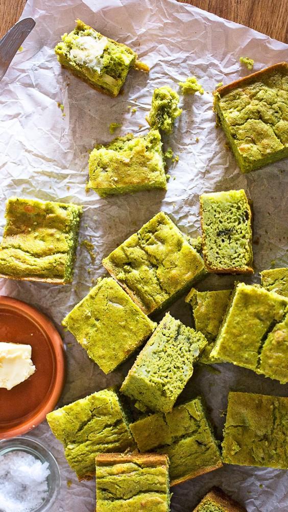 Green Chile and Tomatillo Corn Bread