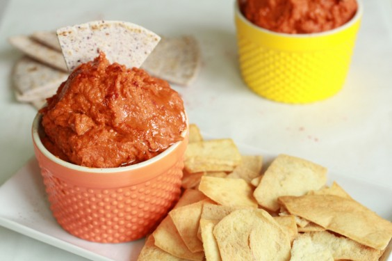 41 Guilt-Free Super Bowl Snacks: Sun-Dried Tomato Hummus