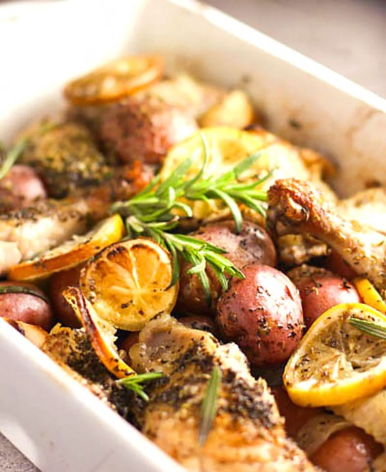 Whole30 Dinner Recipes: Roasted Lemon Chicken with Potatoes and Rosemary