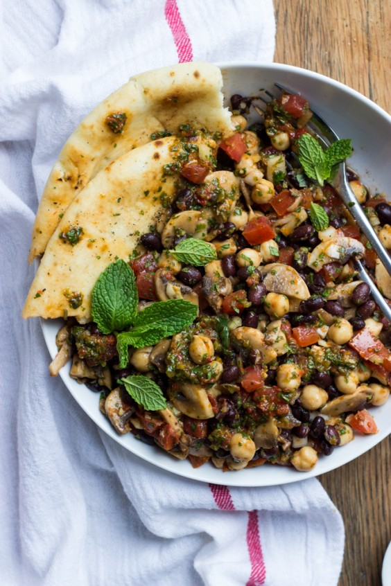 Salad recipes without the lettuce who needs it greatist for Mandolin mediterranean kitchen