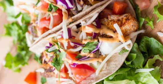 Blackened Mahi Mahi Tacos With Chipotle Mayo