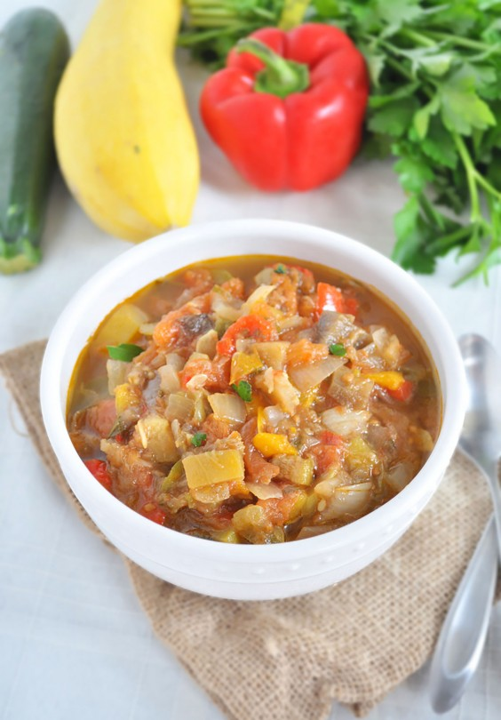 Whole30 Dinner Recipes: Slow Cooker Ratatouille Soup