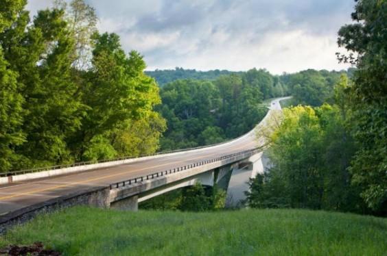 Natchez Parkway