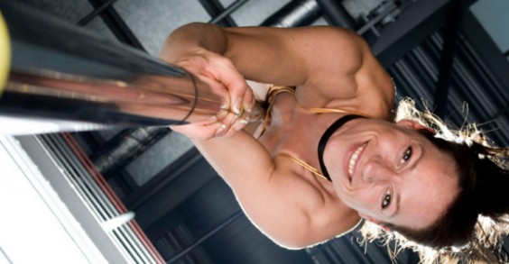 This woman makes climbing poles look easy