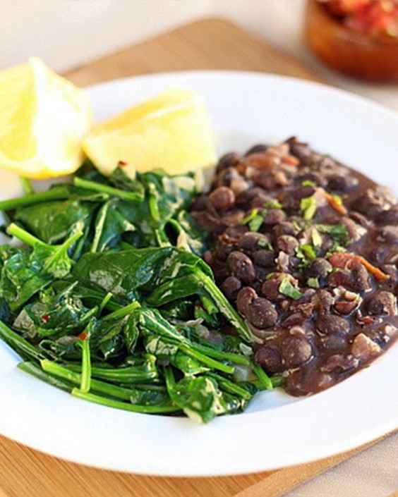 20 Gluten-Free Lunches: Garlicky Beans and Lemony Greens