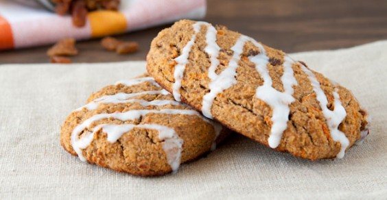 Oil-Free Carrot Cake Protein Bars