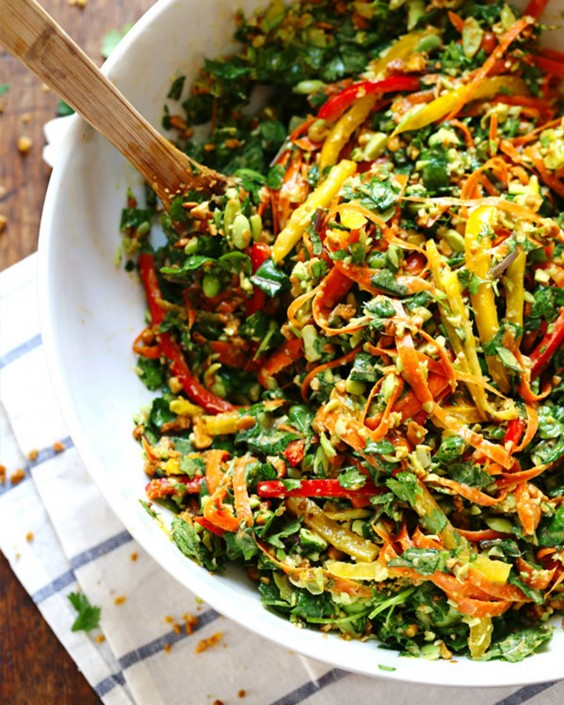 20 Gluten-Free Lunches: Chopped Thai Salad with Sesame Garlic Dressing