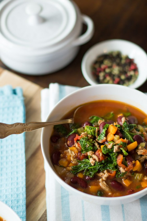 4. Extra Lean Turkey Chili With Kale