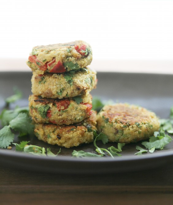 20 Gluten-Free Lunches: Quinoa and Chickpea Burgers