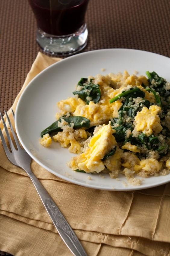 Quinoa Egg and Spinach Scramble
