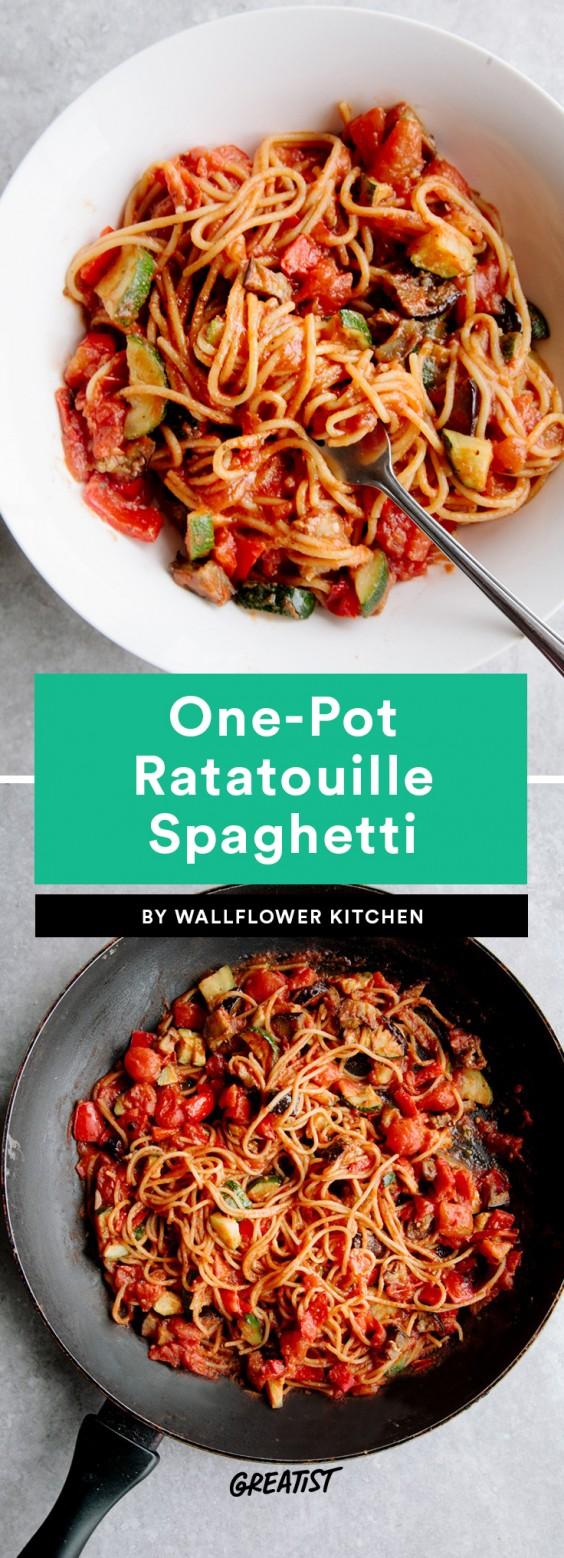 One-Pot Ratatouille Spaghetti