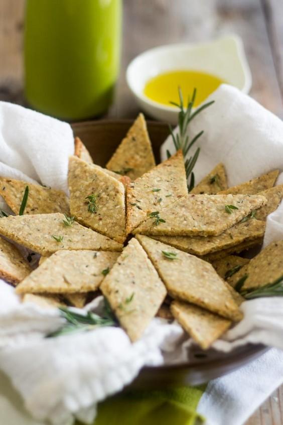 Paleo Snacks: Rosemary and Sesame Paleo Crackers