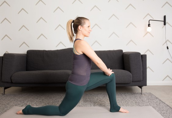 Half-Kneeling Triplanar Stretch
