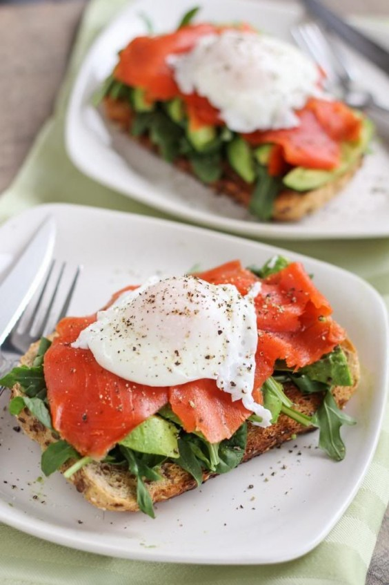 Smoked Salmon and Avocado Egg Sandwich
